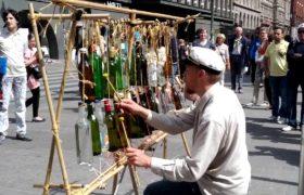 Музыка на бутылках. Хельсинки